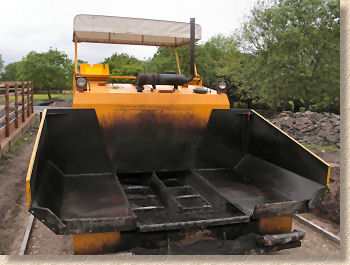 paver machine front end