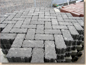 clusters for machine lay paving
