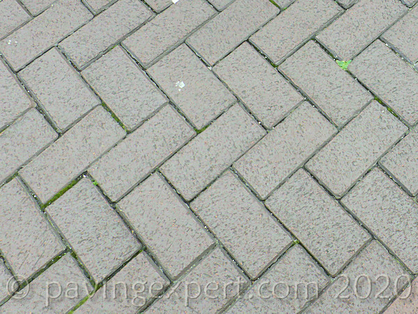 brown single colour clay pavers