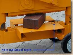 clay paver splitter