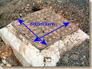 'manhole cover' from the web at 'http://www.pavingexpert.com/images/drainage/MH_600.jpg'