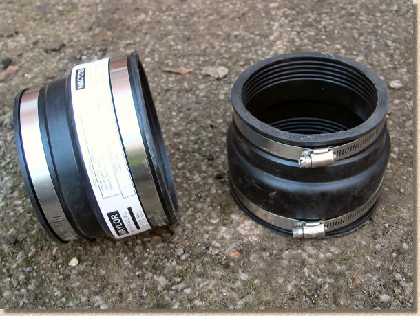 'adjustable adaptor couplings' from the web at 'http://www.pavingexpert.com/images/drainage/ic/07.jpg'
