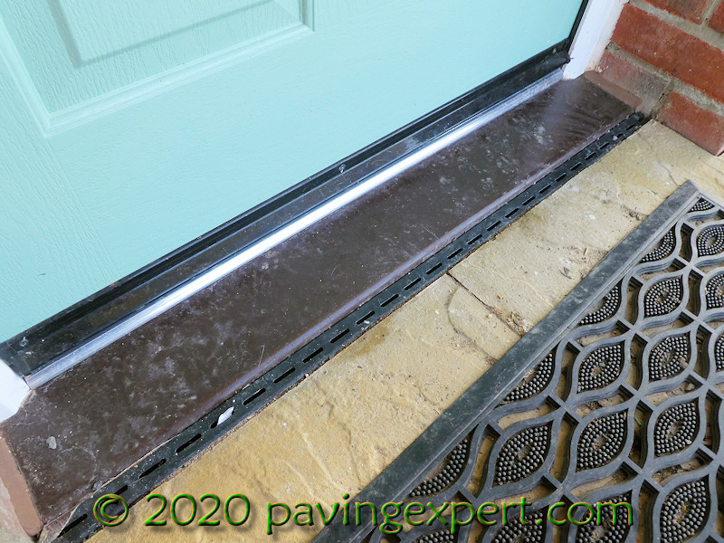 threshold drain in-situ