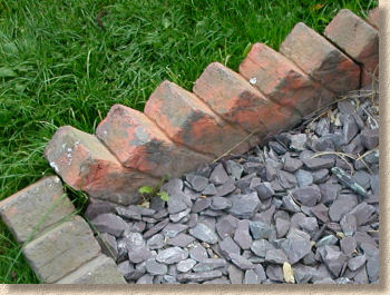 Clay Brick Sawtooth Edging, Reproduction Sawtooth