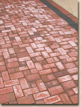 efflorescence on clay pavers