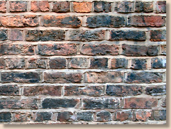 'english garden wall bond' from the web at 'http://www.pavingexpert.com/images/features/bwk_EngGW.jpg'