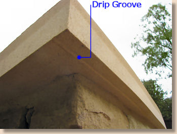 'drip strip' from the web at 'http://www.pavingexpert.com/images/features/drip_strip.jpg'