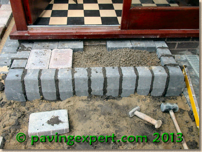 Pavingexpert Building A Rectangular Step