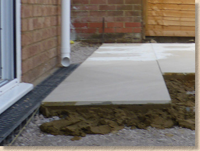 laying ceramic paving