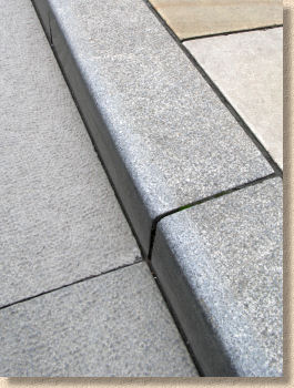 Extruded Extruded Kerb