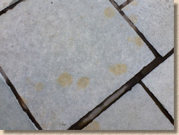 rust stains on kotah limestone
