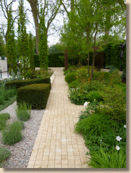 travertine setts