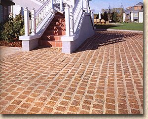 Gold setts from Tobermore