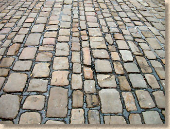 setts of varying widths