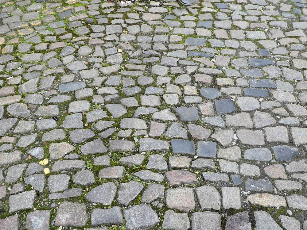setts or cobbles