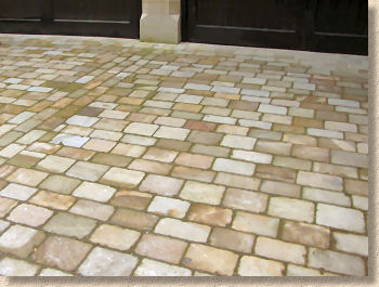 tumbled yorkstone setts