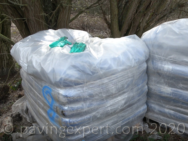 palletised aggregate bags