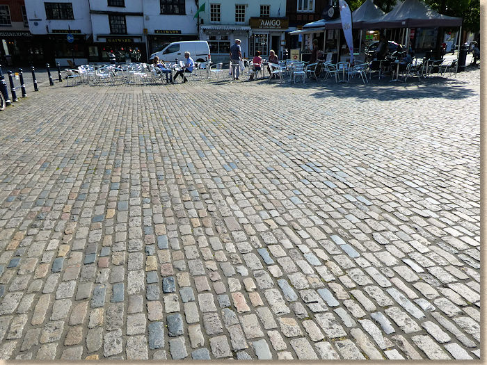 market square pavement cafe